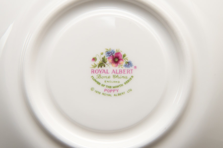 ロイヤル・アルバート フラワー・オブ・ザ・マンス(8月) ティーカップ&ソーサー