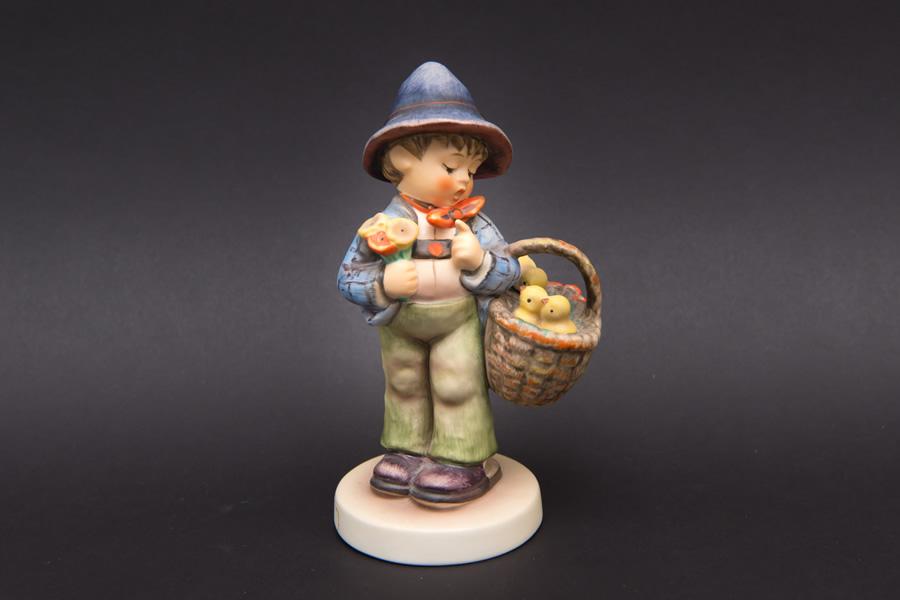 ゲーベル フンメル人形 『Easter Greetings(イースターのご挨拶)』