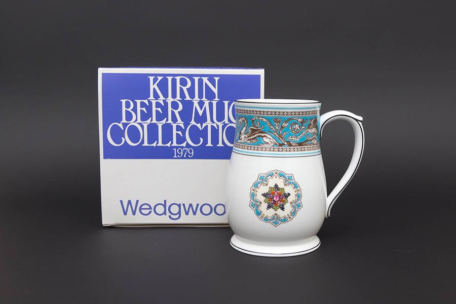 キリンビヤマグコレクション(1979年)ウェッジウッド(フロレンティーンターコイズ)
