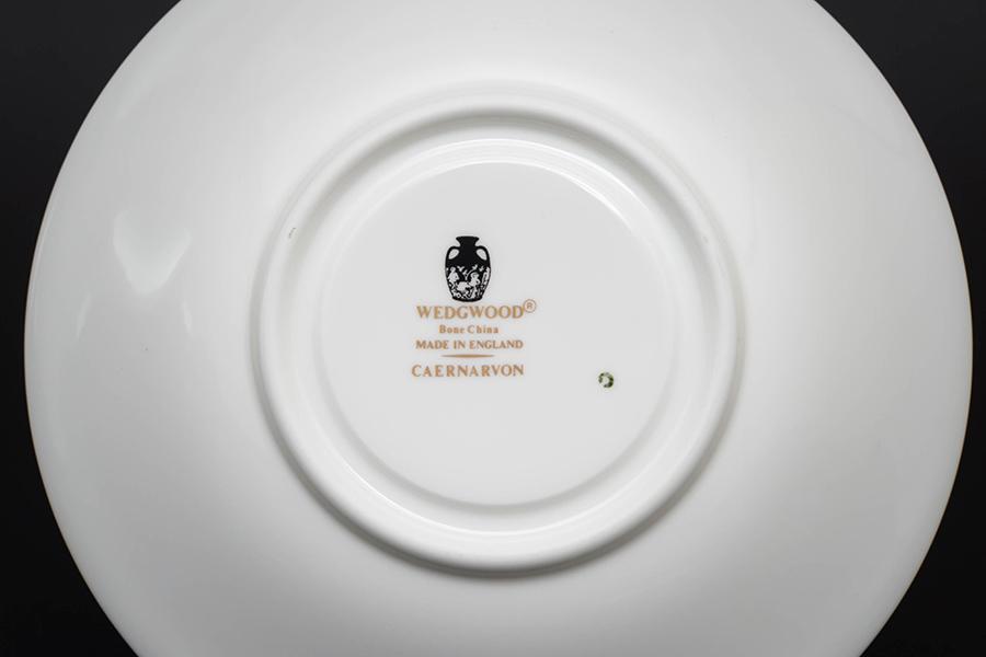 ウェッジウッド カーナボン(ブラック) ティーカップ&ソーサー(ヴィクトリア)