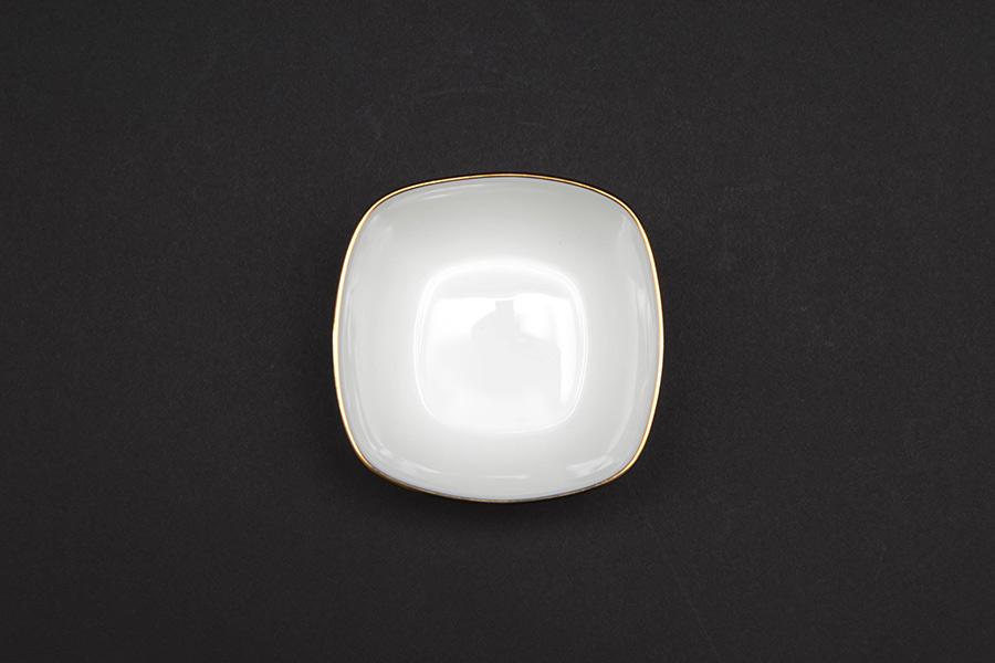 ウェッジウッド サムライ 9cm角小鉢