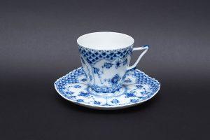 ロイヤル・コペンハーゲン ブルーフルーテッドフルレース コーヒーカップ&ソーサー(顔付き)