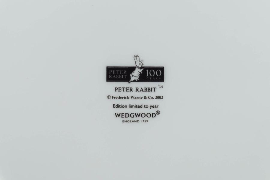 ウェッジウッド ピーターラビット 絵本出版100周年記念プレート