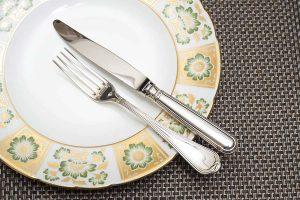 純銀と銀メッキ 〜銀食器(シルバーウェア)の素材の違い〜