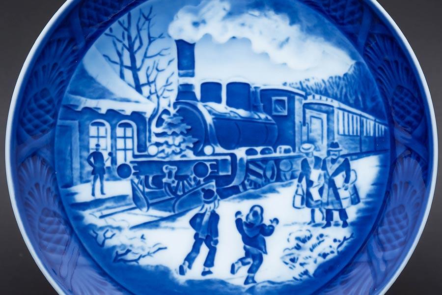 ロイヤル・コペンハーゲン イヤープレート『Christmas Guests(クリスマスのお客さま)』(1993年)