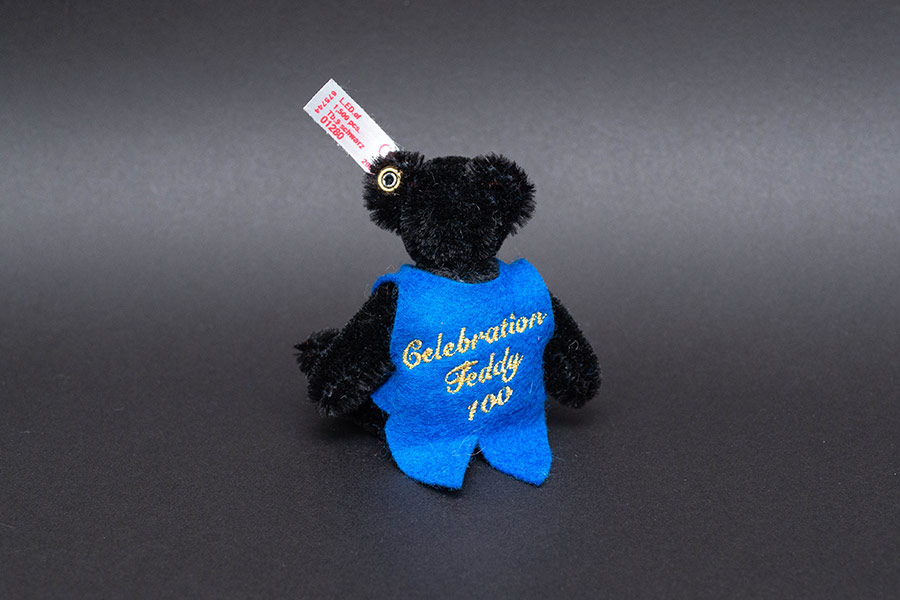 シュタイフ テディベア『Celebration Teddy Bear 100』(100周年限定モデル)