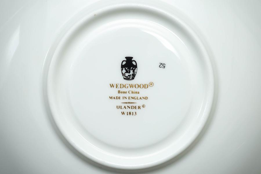 ウェッジウッド ユーランダーパウダールビー ティーカップ&ソーサー(ピオニー)