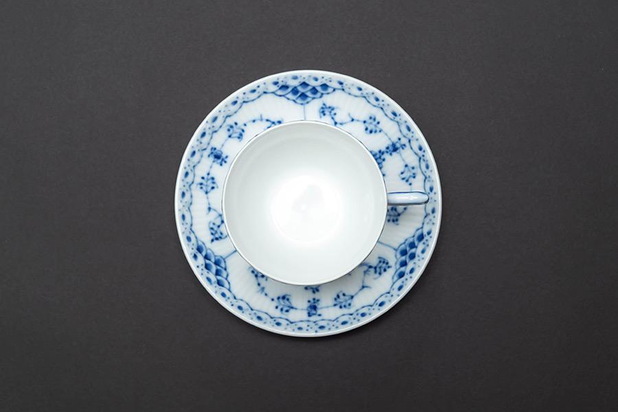 ロイヤル・コペンハーゲン ブルーフルーテッドハーフレース コーヒーカップ&ソーサー(180ml)