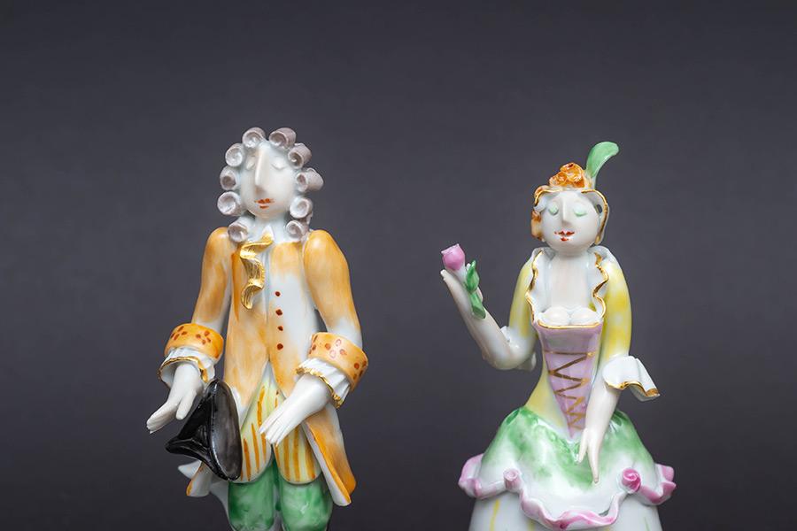 マイセン 様式ペア人形「ロココ」