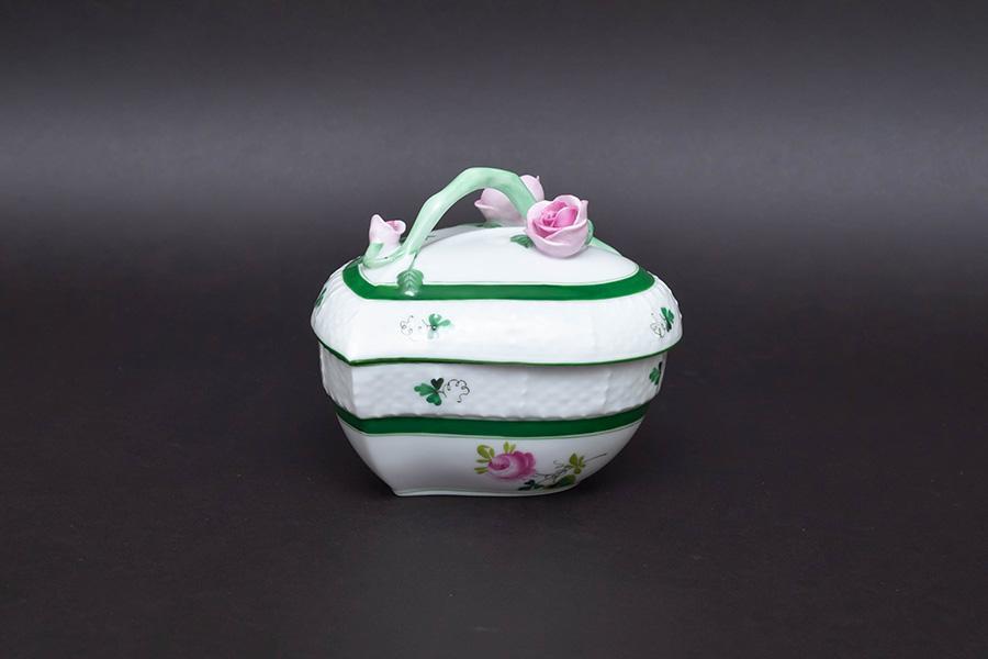 ヘレンド ウィーンの薔薇 ハートボックス