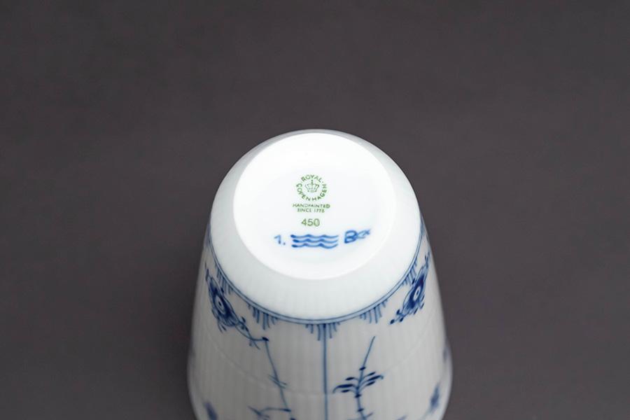 ロイヤル・コペンハーゲン ブルーフルーテッドプレイン フリーカップ