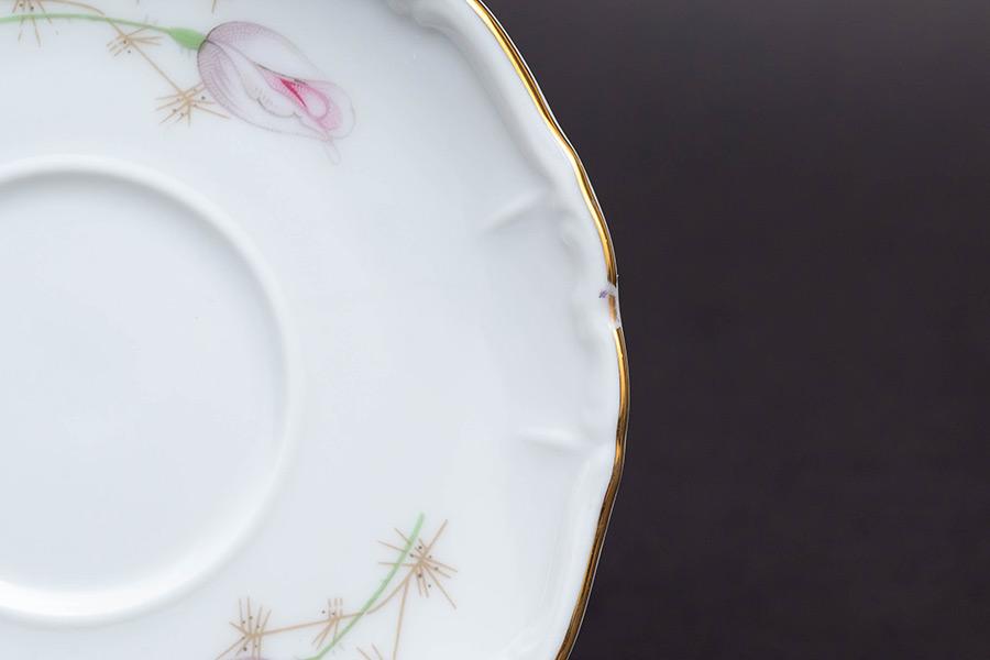 ババリア(エーデルシュタイン社) ピンクのバラの蕾 デミタスカップ&ソーサー