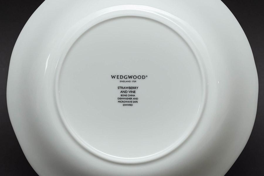 ウェッジウッド ストロベリー&バイン サラダソーサー