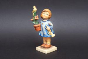 ゲーベル フンメル人形 『Congratulations(おめでとう)』