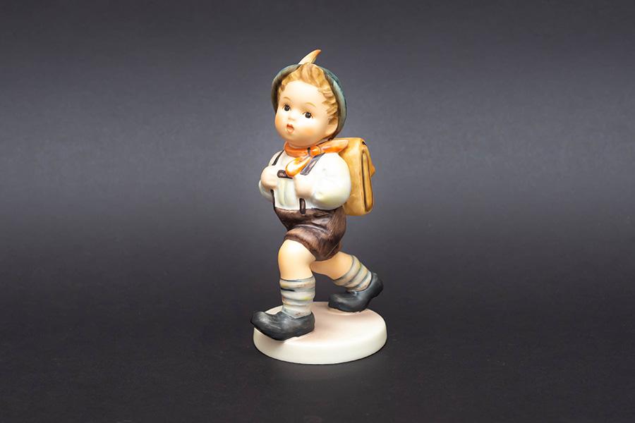 ゲーベル フンメル人形 『School Boy(男子生徒)』