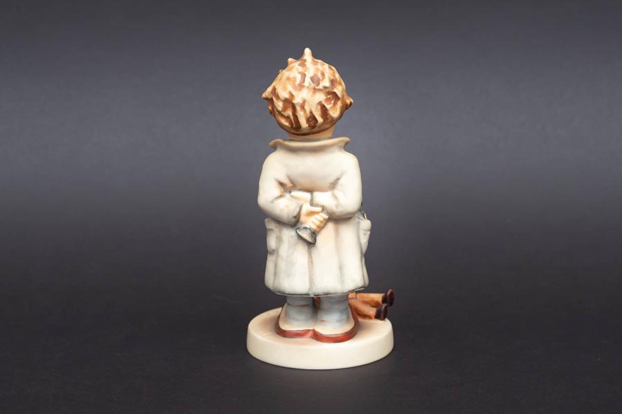 ゲーベル フンメル人形 『Doctor(お医者さん)』