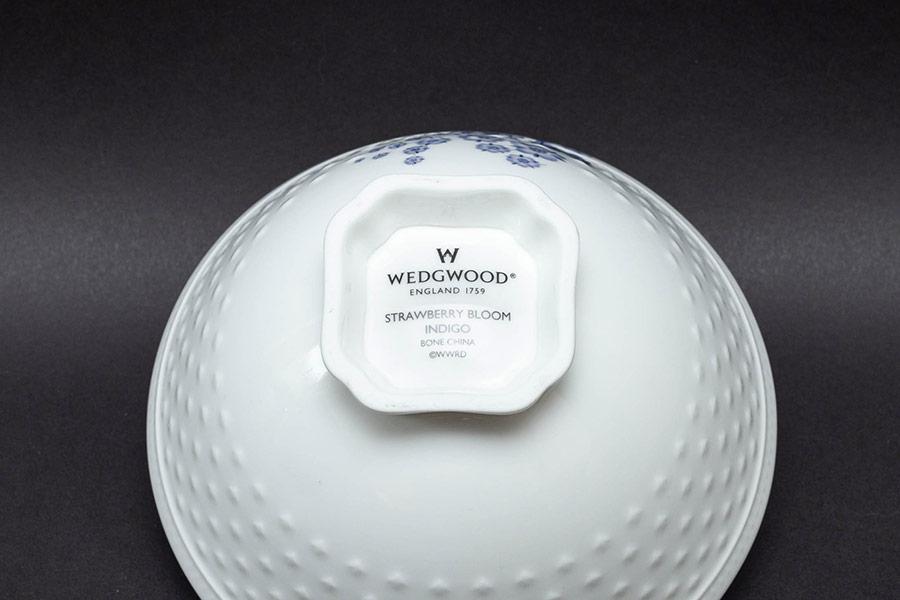 ウェッジウッド ストロベリーブルームインディゴ 夫婦茶碗