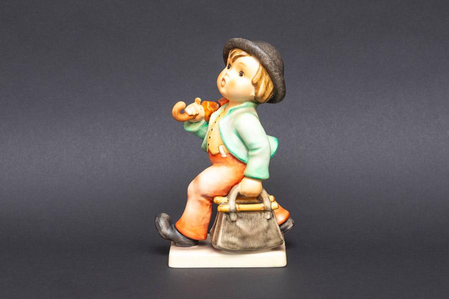 ゲーベル フンメル人形 『Merry Wanderer(陽気な放浪者)』